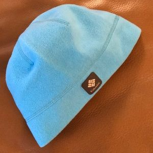 Columbia fleece beanie - EUC